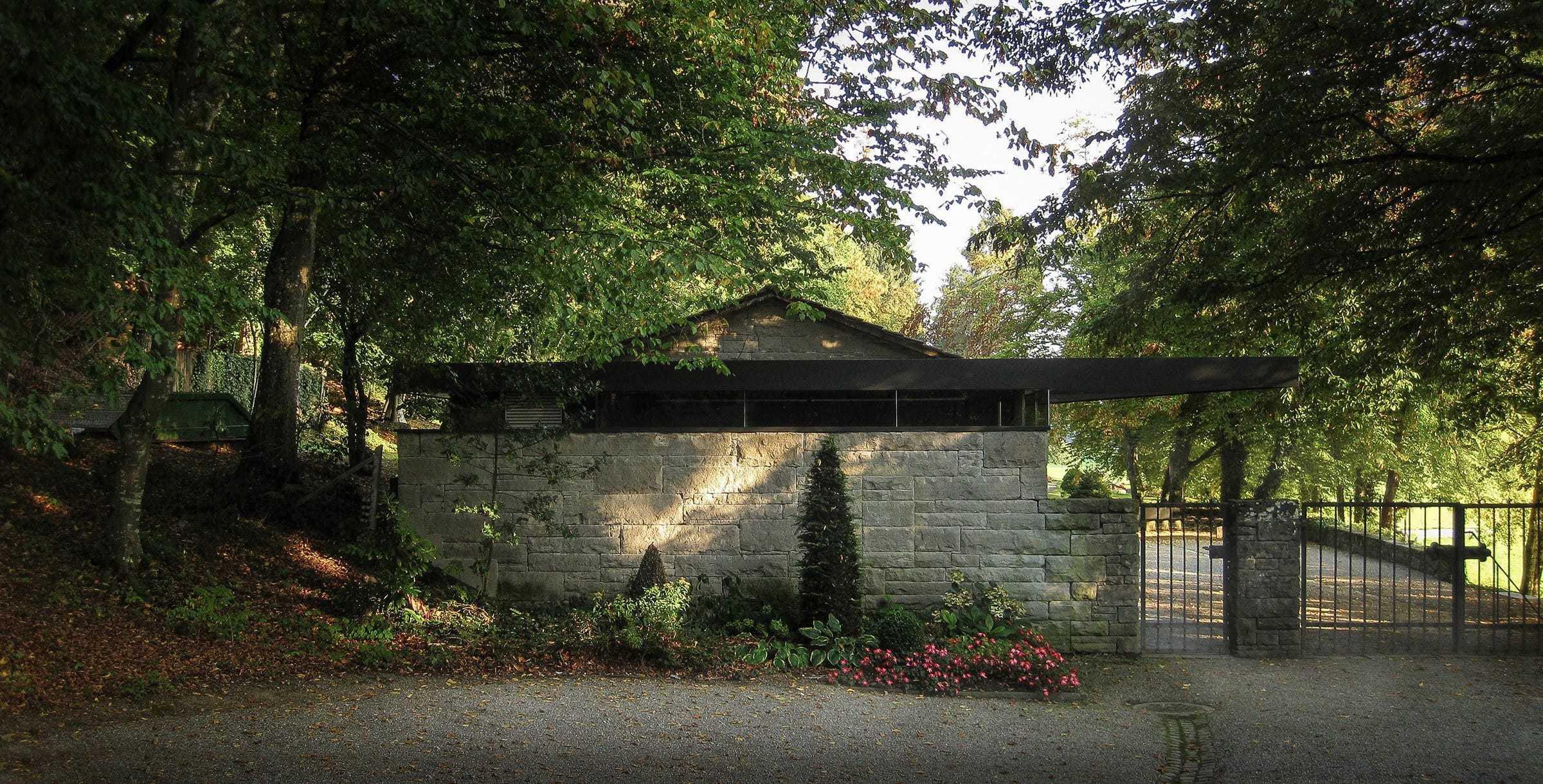 Friedhof Fehraltorf 01 2400X1220