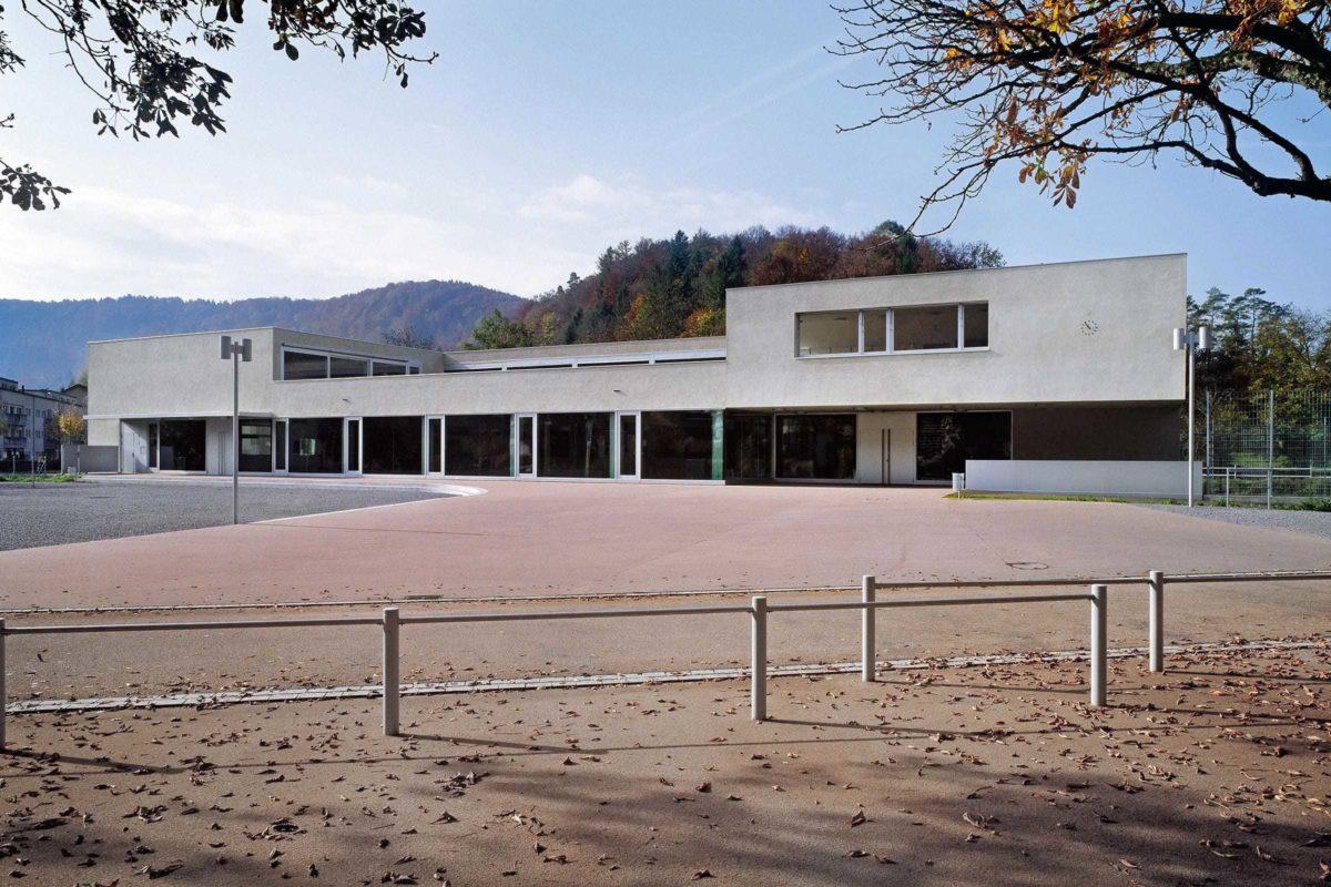 0411 School Sennhof